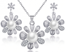 Zilveren kleur lange hanger bloem gesimuleerde parel kettingen set